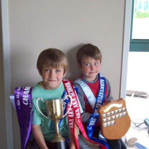 Quite a successful day. The Joeyosaurus is holding Tim the Helpers trophy as he had too much to hold.