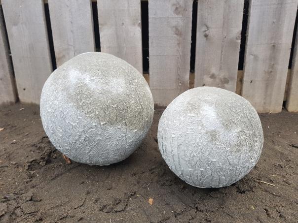 Concrete beach balls